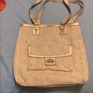 Coach purse, gold and off white with shimmer 💥